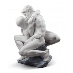statua bacio appassionato  bianco