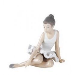 statuina ballerina seduta