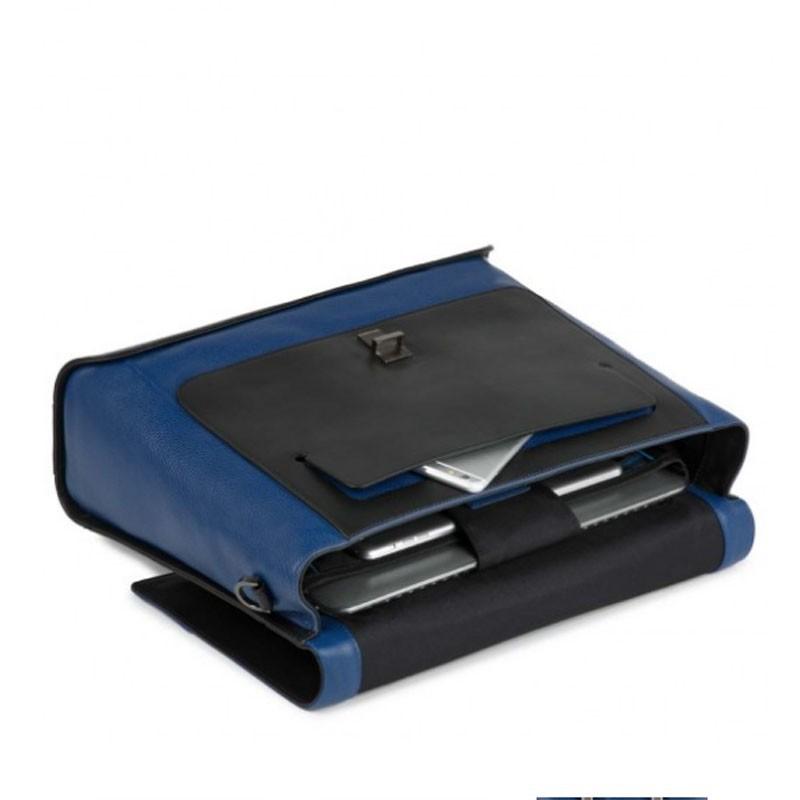 cartella in pelle con patta nera e blu