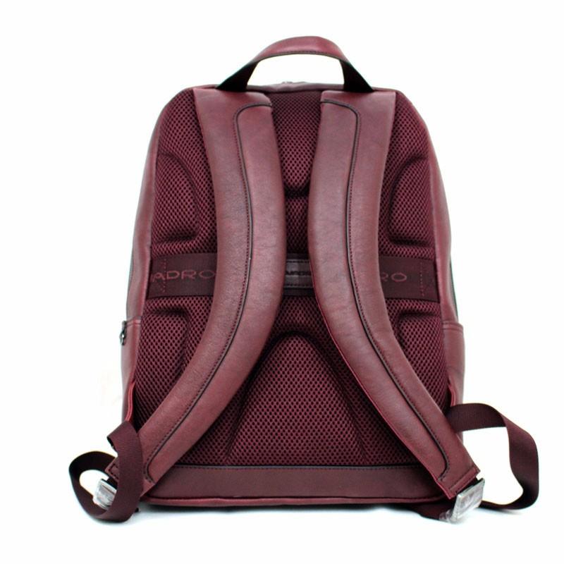5198647088a153 Zaino in pelle bordeaux black square piquadro | DomuStore, Luxury Store