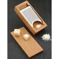 grattugia con scatola in bamboo