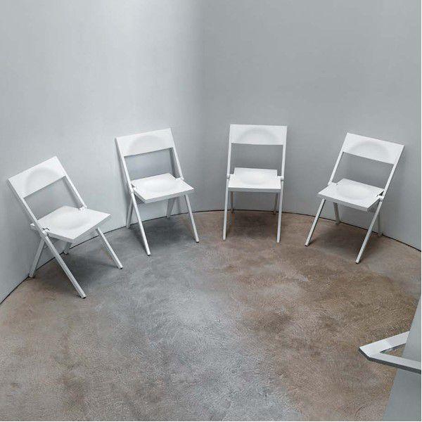 Sedia bianca moderna pieghevole piana alessi domustore for Sedia moderna bianca