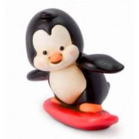 pinguino con surf