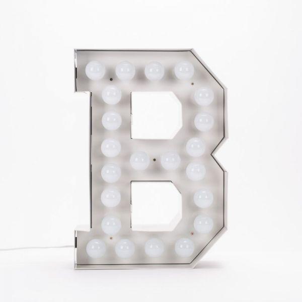 Lettera B luminosa in metallo Vegaz