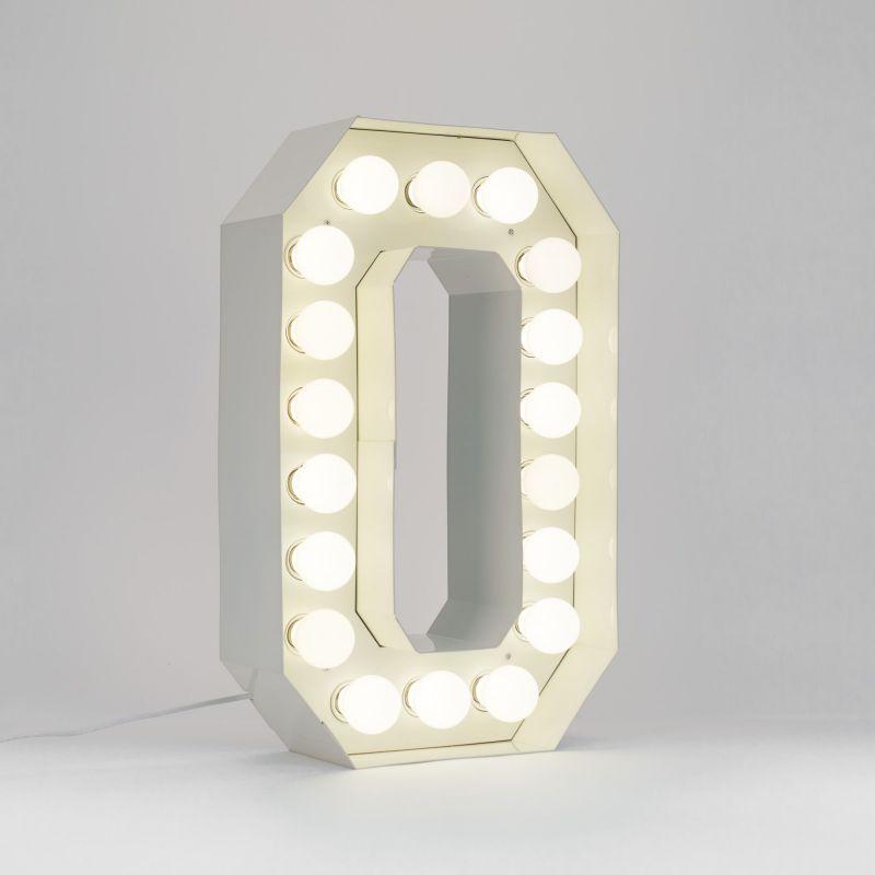 Lettera O luminosa in metallo Vegaz