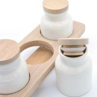 Bomboniera set 3 portaspezie in ceramica con supporto in bamboo