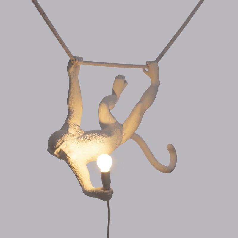 lampadario scimmia sdraiata swing monkey lamp