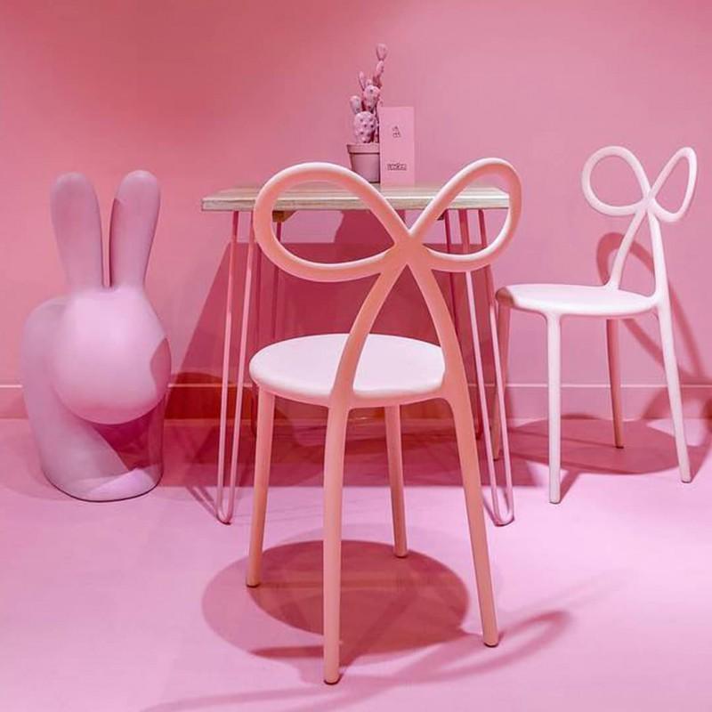 Sedia grande rosa coniglio Rabbit chair
