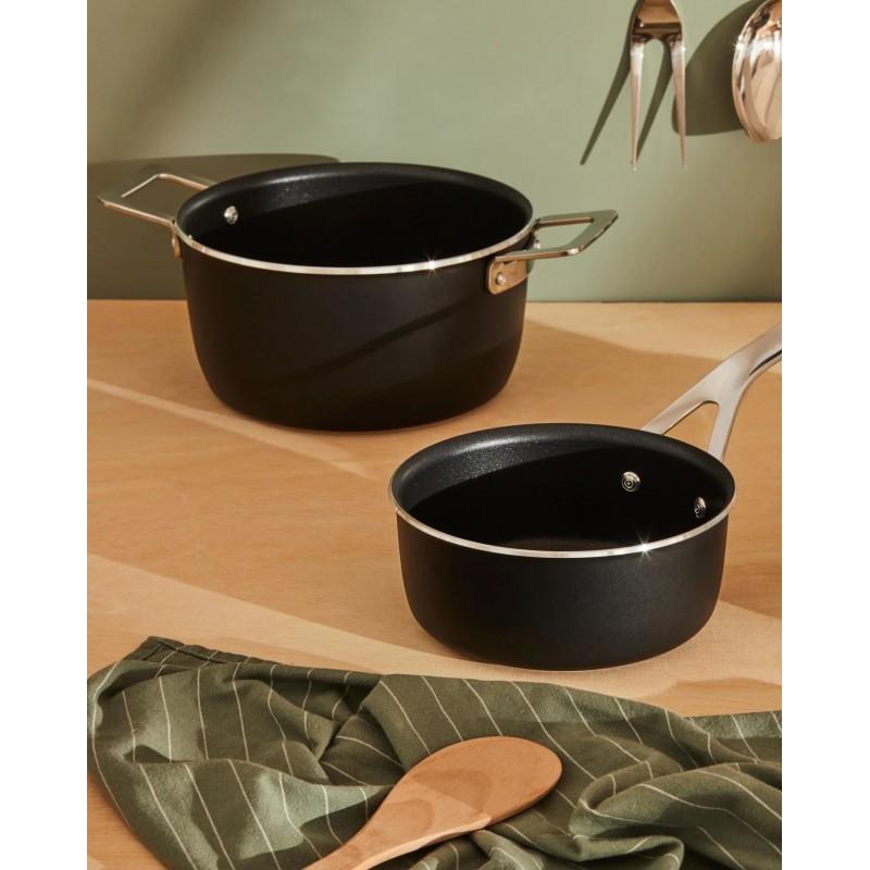 Casseruola manico lungo antiaderente nera 16cm Pots & Pans