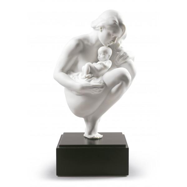 Statua maternità vincolo d'amore