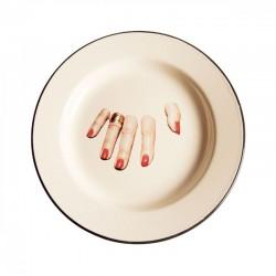 piatto in metallo smaltato toiletpaper dita